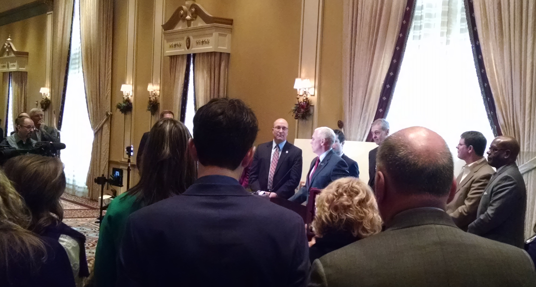 Governor Pence Visits Elkhart, Congratulates Region and Encourages Continued Work