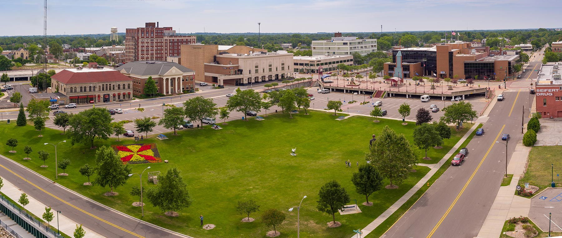 Major changes in the works for Elkhart's Civic Plaza and Central Park