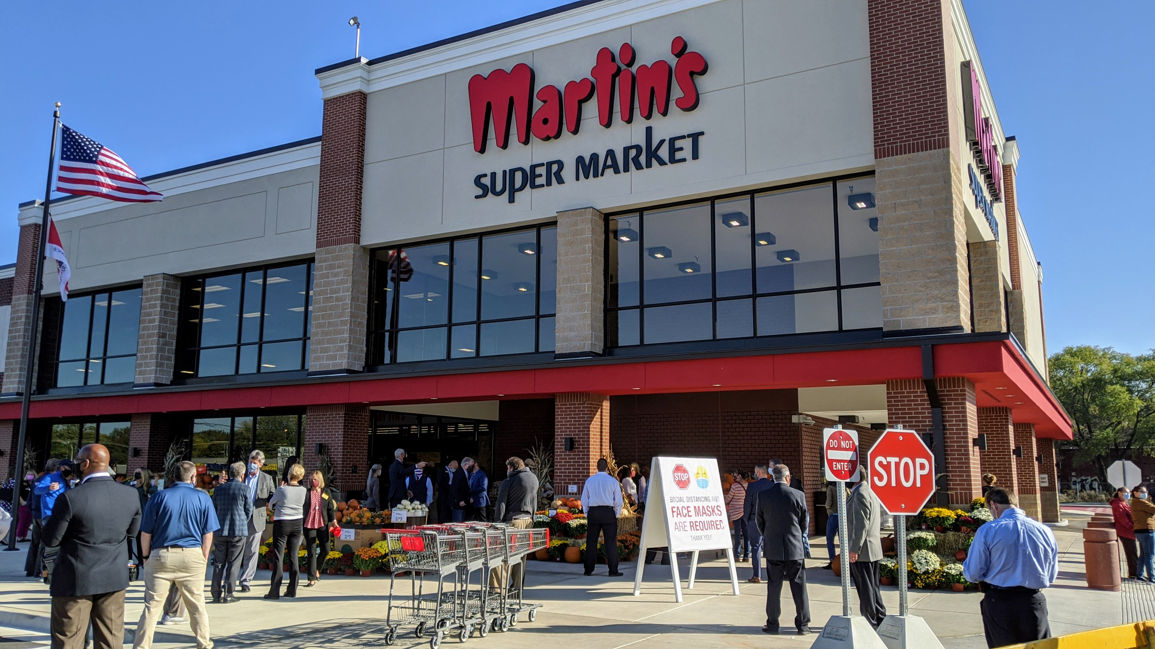 Martin's Super Markets unveils beautiful addition to Elkhart River District